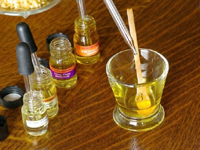 Эфирное масло своими руками фото