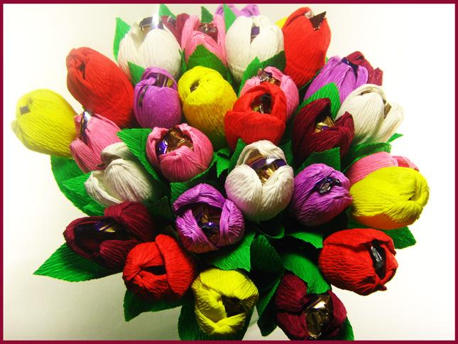 Букет из тюльпанов из конфет своими руками