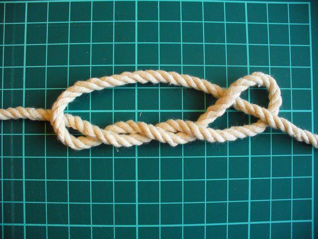 Завязывание узла